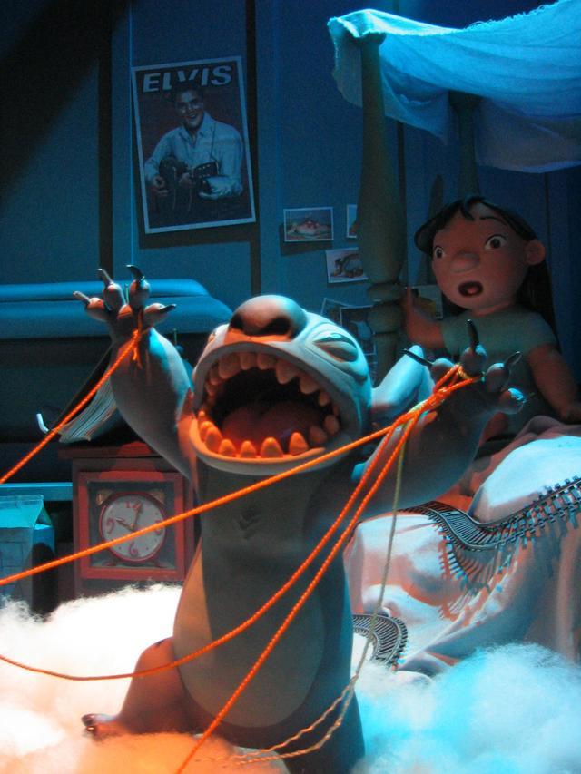 Disneyland Park Summer 2003 Lilo Amp Stitch Display